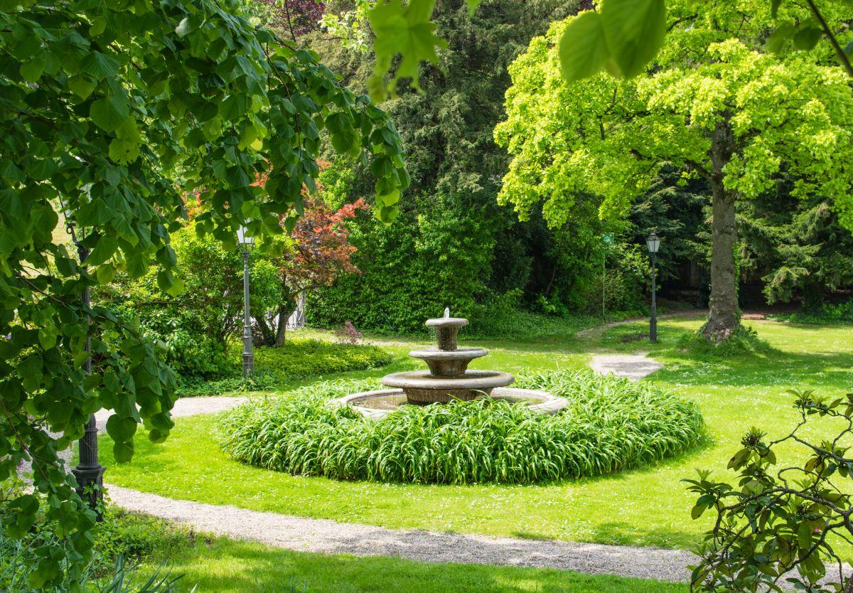 Fontanny ogrodowe - małe, tarasowe, nowoczesne, solarne