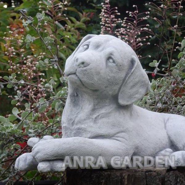 Figura betonowa piesek - labrador
