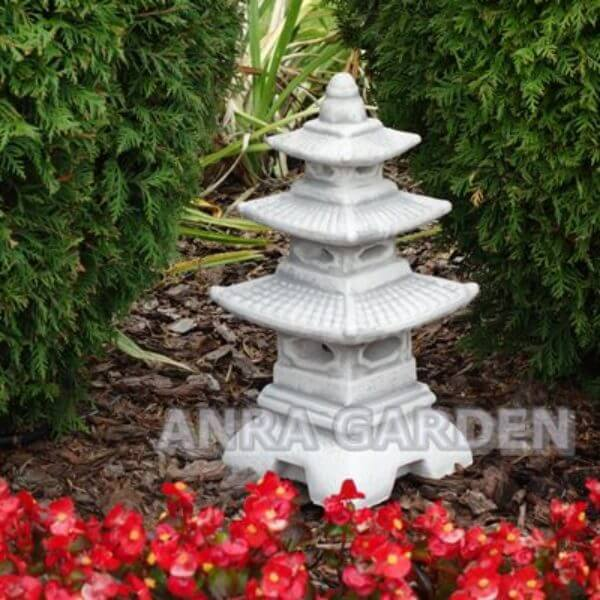 Lampa ogrodowa - pagoda.